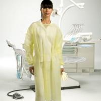 Yellow water repellent gowns with cuff (length 110cm / 50ud) Img: 201907271